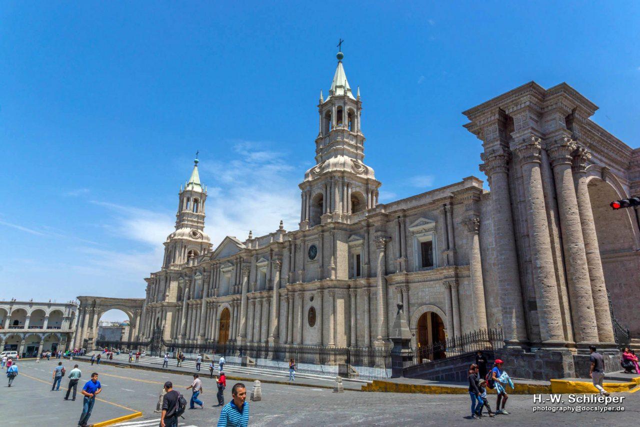 Catedral_Arequipa,_Peru