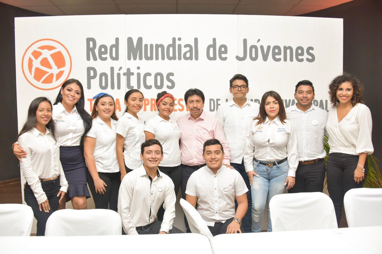 politicos jovenes