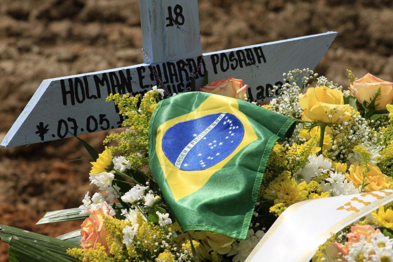 brasil-covid-1280x853.jpg