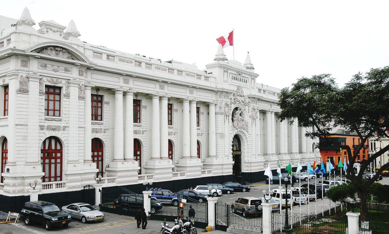 frontis del parlamento